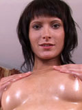 Milla Reaches a Nice Long Orgasm,big clict