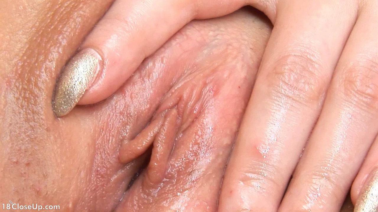 close up vagina play
