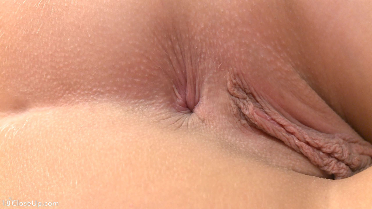 hot girls perfect pussy up close