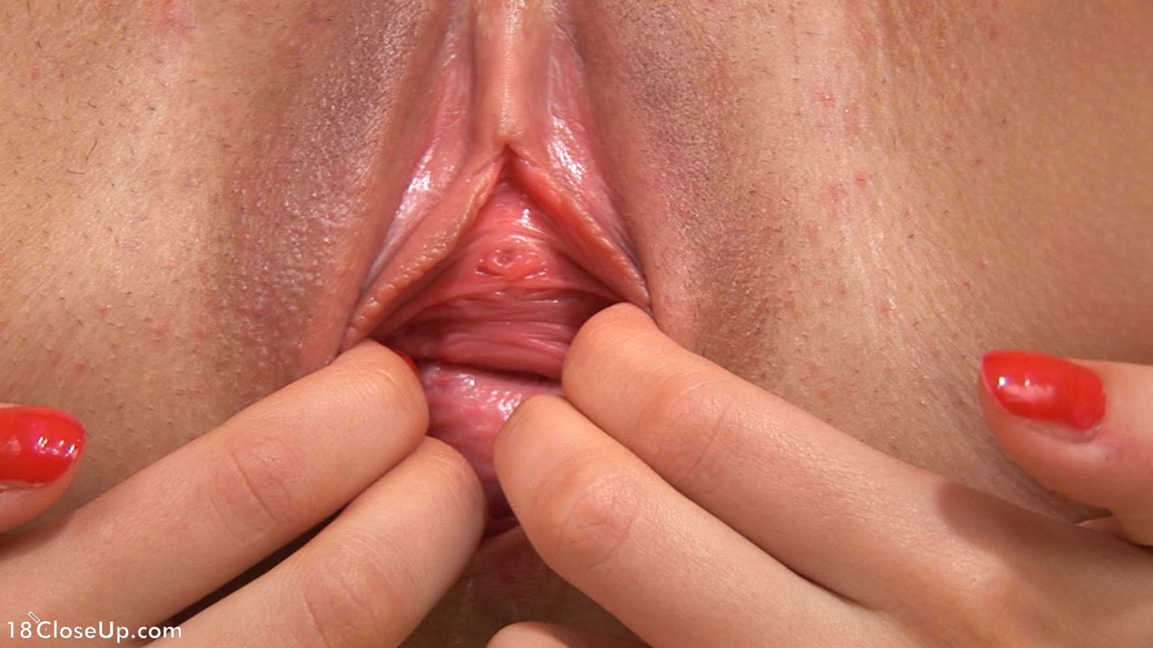 stuffing my mature twat