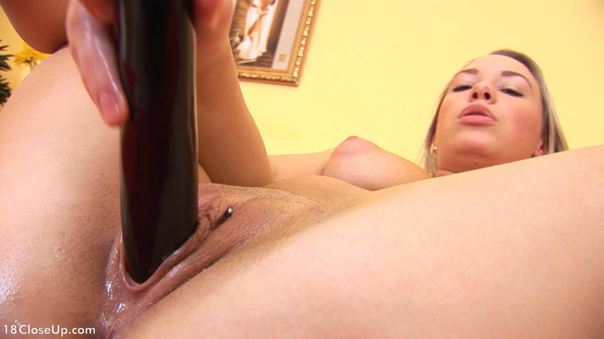 Смотреть порно мастурбация крупным планом онлайн