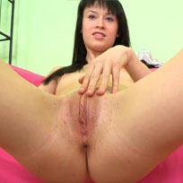 Patricia Shows Her Cunt Stretched Open - Picture 1